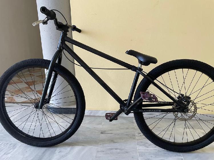 Bicicleta dirt(prácticamente nueva)