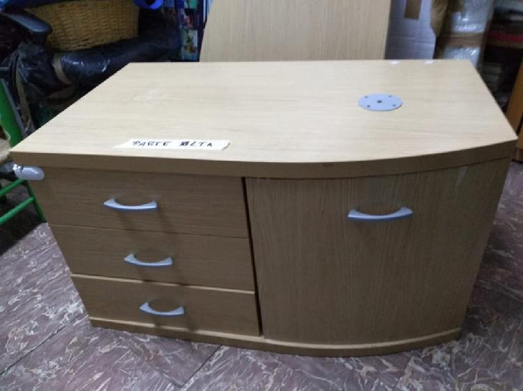 Mueble auxiliar para tv, con parte movible
