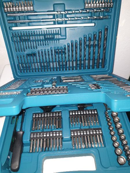 Set herramientas makita 212x e-06270