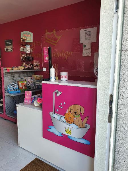 Traspaso peluquería canina y tienda