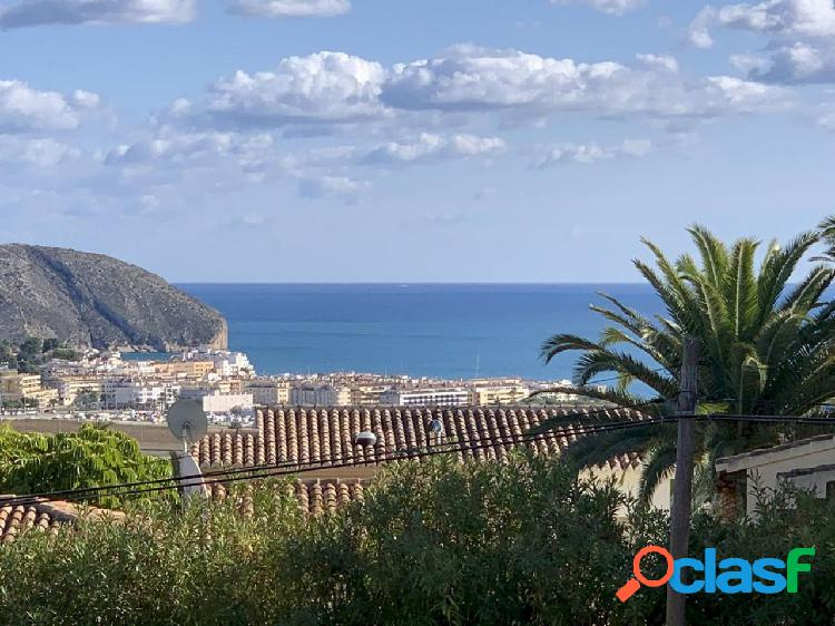 Villa de lujo de nueva construcción con vistas al mar y agradables vistas abiertas hacia Moraira 2