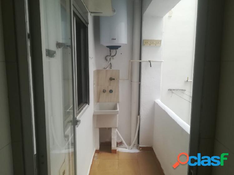 Piso VENTA en Castellón zona ESTE, 103 m., 3 habitaciones, un baño 2