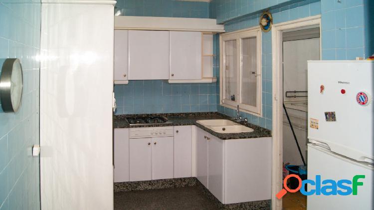 Se vende piso en el Puerto de Sagunto con 4 habitaciones y ascensor 2