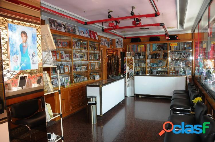 Se vende local comercial en barrio peral (cartagena)