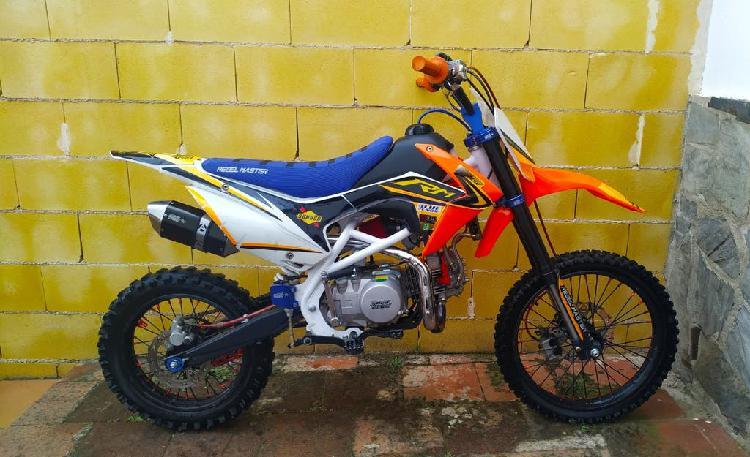 Pit bike rebel master 140 xl