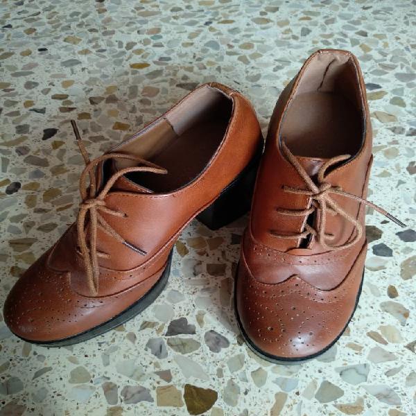 Zapatos mujer piel marron tacon