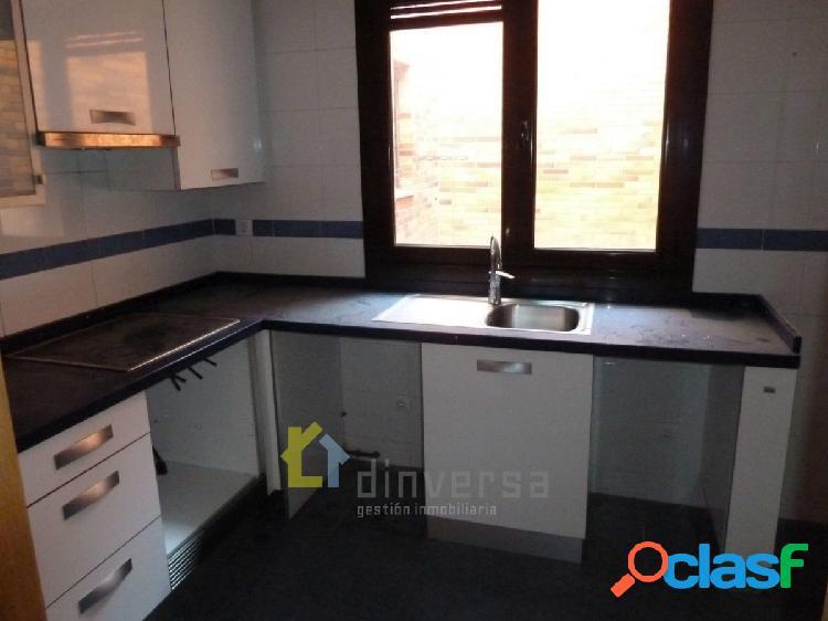 Piso de 2 dormitorios y 2 baños en Lugo de Llanera con garaje y trastero 2