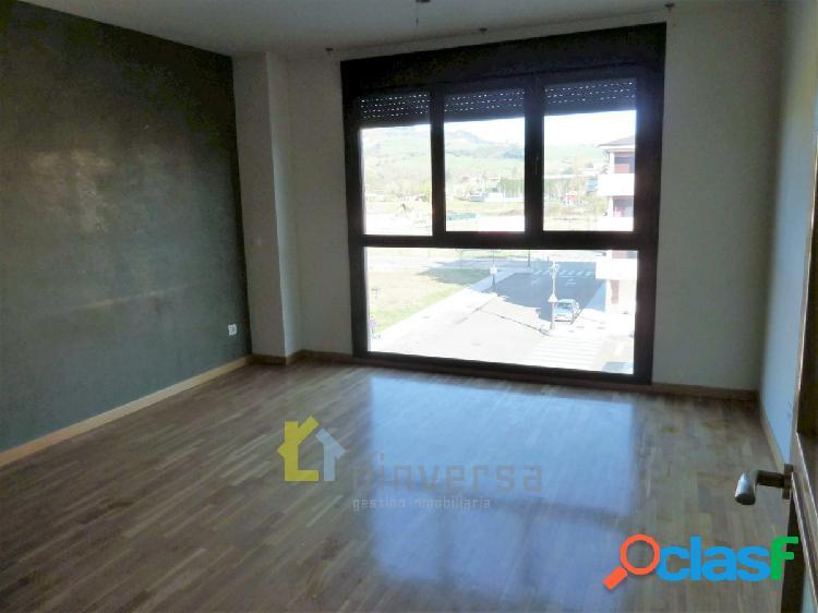 Piso de 2 dormitorios y 2 baños en Lugo de Llanera con garaje y trastero 3