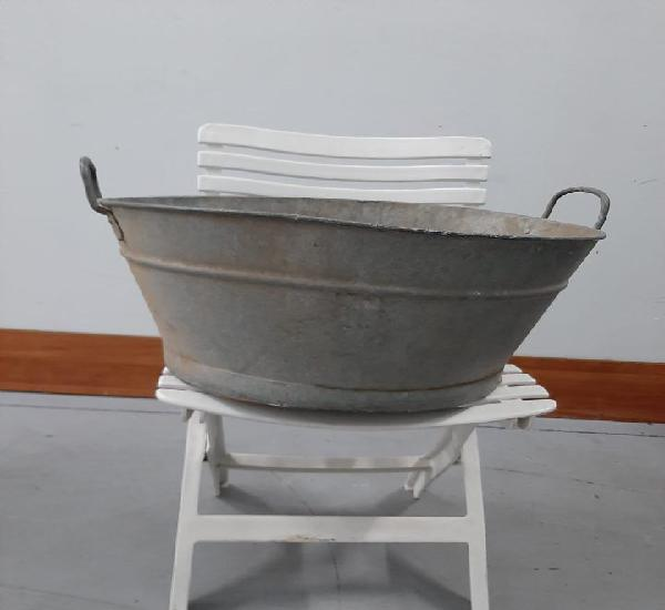 Baño antiguo lata o latón