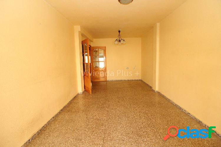 Piso Crevillente Centro, Ascensor, 3 habitaciones, 1 baño, FINANCIACION 100% ¡INFORMATE! 2