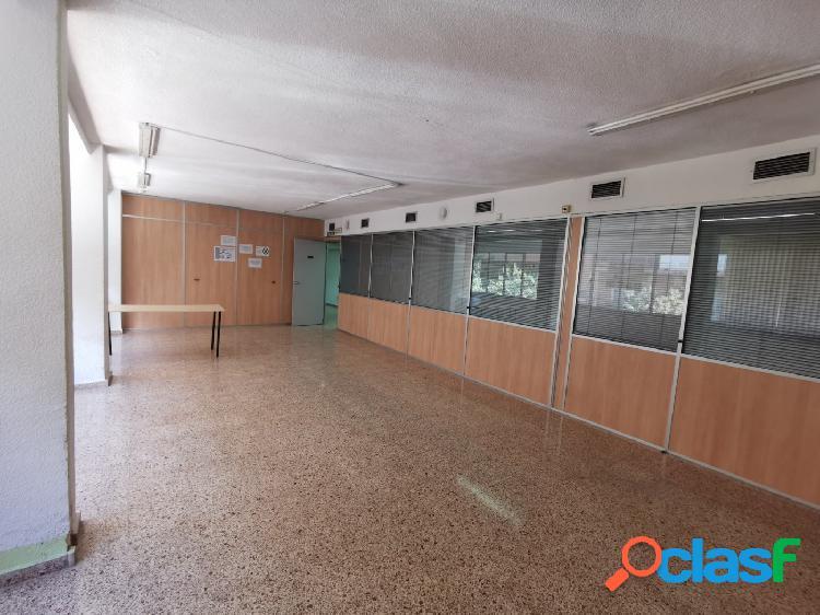 Local/oficina de 300 mt en arquitecto guardiola-benaulua