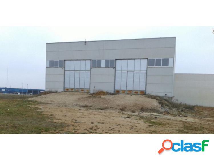 Nave industrial en el polígono industrial montalvo iii,(trasera openhouse)