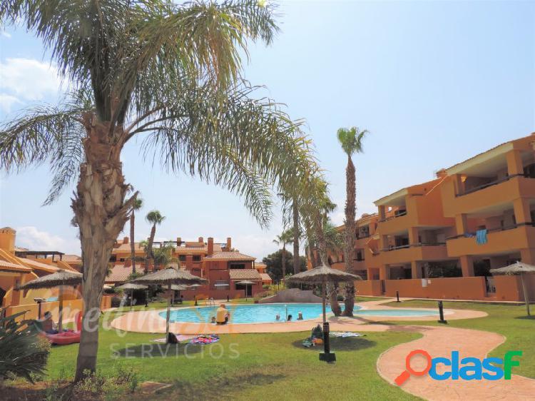 Ático 2 dormitorios con solárium piscina y garaje Mar de Cristal