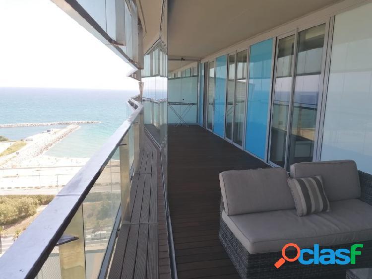 Piso a la playa de diagonal mar, 2 habitaciones y 2 baños con terraza grande. amueblado. soleado.