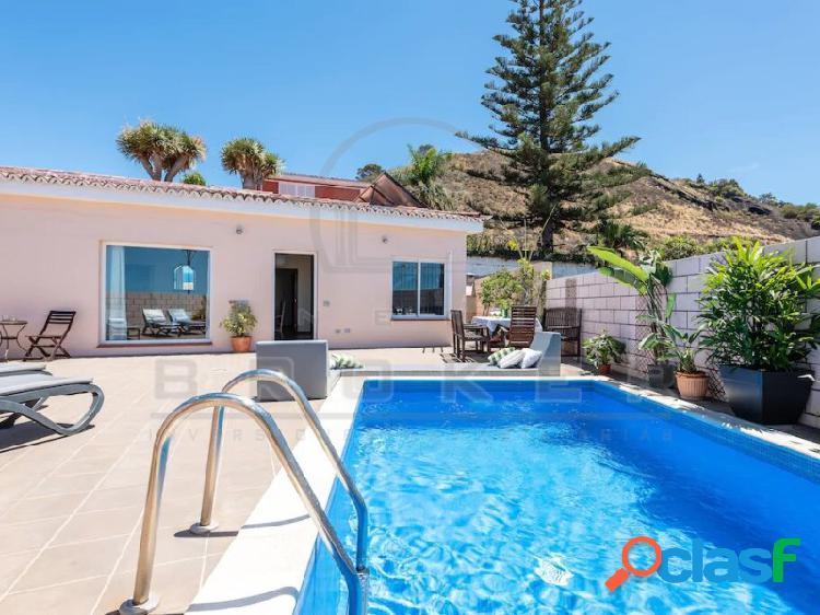 Chalet privado con piscina climatizada y excelentes vistas!