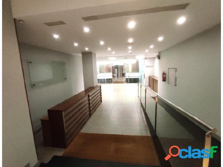 Despacho de 1.447 m2 en venta y alquiler en rambla cataluña.