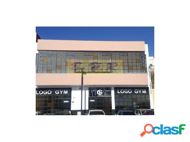 Se alquila Edificio en Granadilla apto para varios tipos de actividades