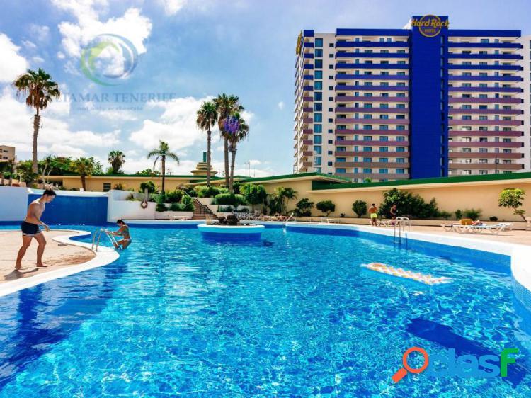 Apartamento con bonitas vistas en club paraiso