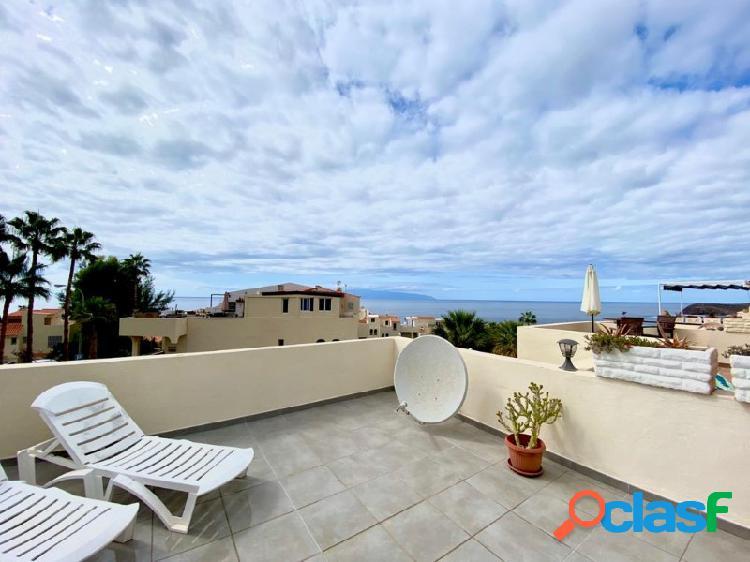 Dúplex de 2 habitaciones y gran terraza con preciosas vistas al mar