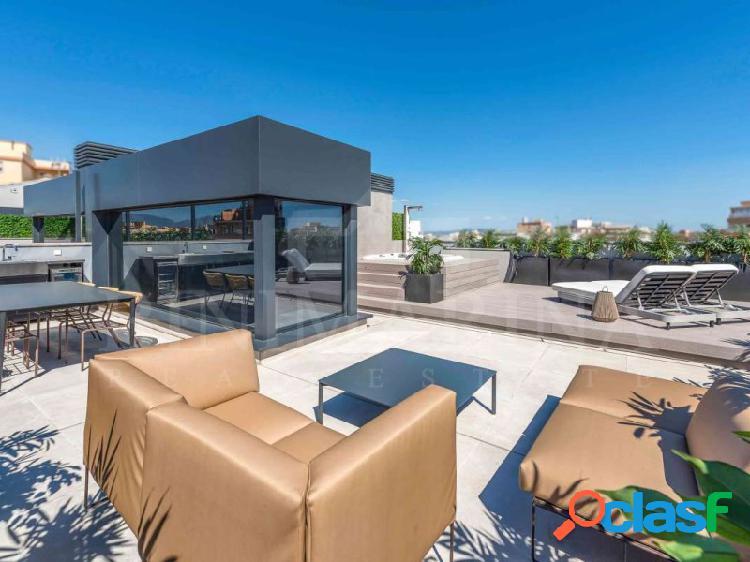 Ático nuevo de lujo de 3 habitaciones con piscina y solarium en palma de mallorca