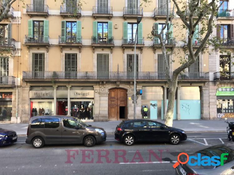 Local comercial en alquiler, ronda de sant pere, barcelona