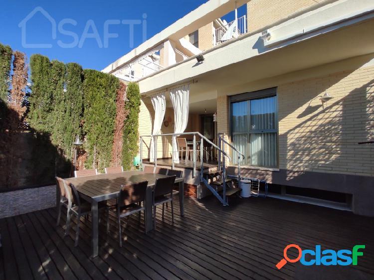 Casa adosada en Alicante Golf, 5 habitaciones, 3 baños 291m² 1