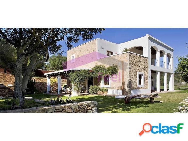 Alquiler villa de lujo en ibiza/eivissa