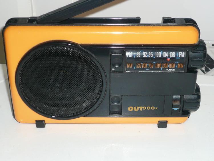 Radio philips outdoor d1150 /dd antigua