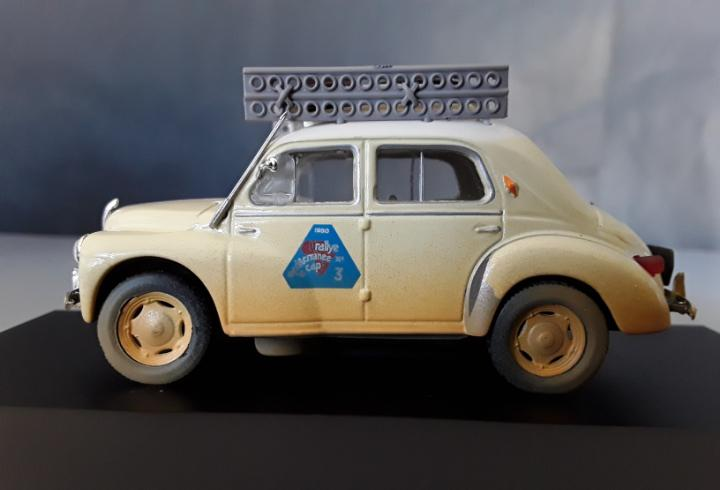 "Coche renault 4 cv rally eligor "" efecto degastado vintage"