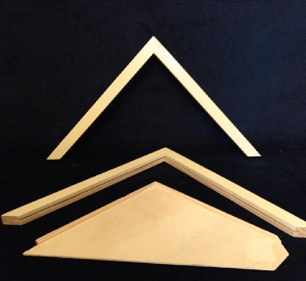 Complementos de madera para hacer una casa de muñecas