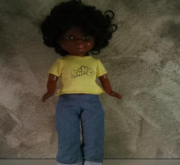 Muñeca nancy negrita blue jeans tobillo gordo