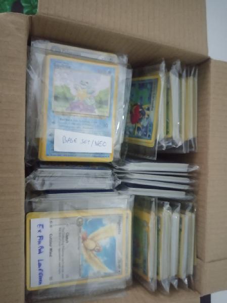 Pokemon lote sobre 800 cartas base set y mas