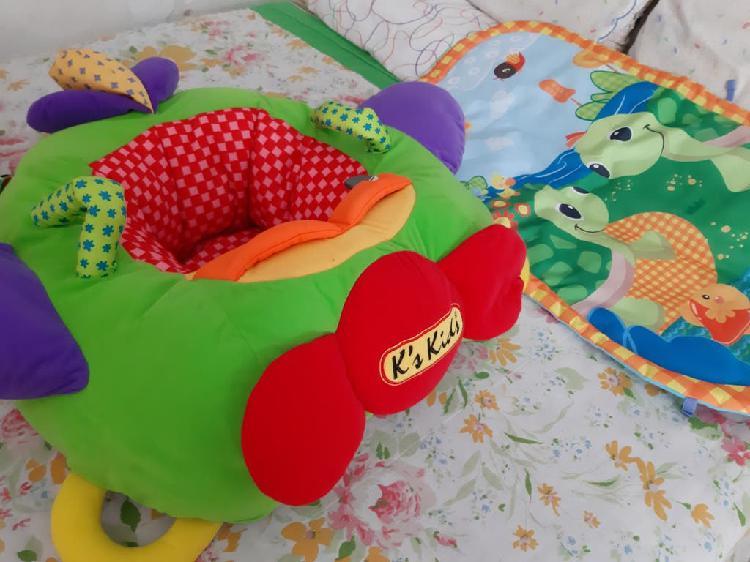 Cojín anti vuelco para bebés y alfombra