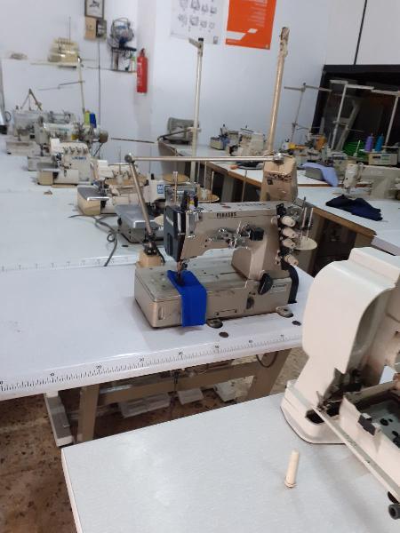 Vendedor de maquinas de coser