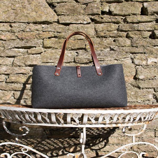 Felt shoulder bag, wool felt handbag for women. leather and