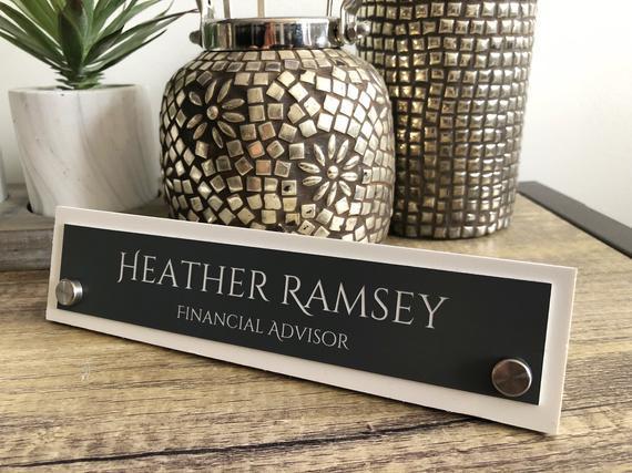 Etiquetas de nombre de escritorio, placas de nombre de