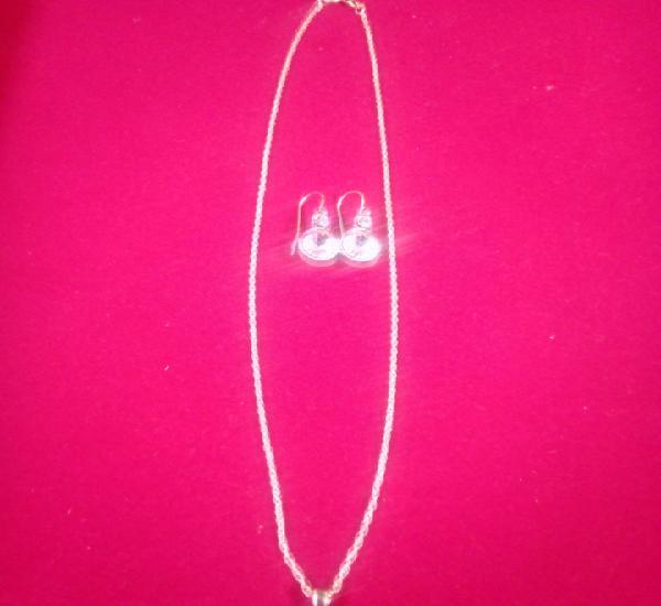 Conjunto colgante y pendientes de plata 925 y cristal de