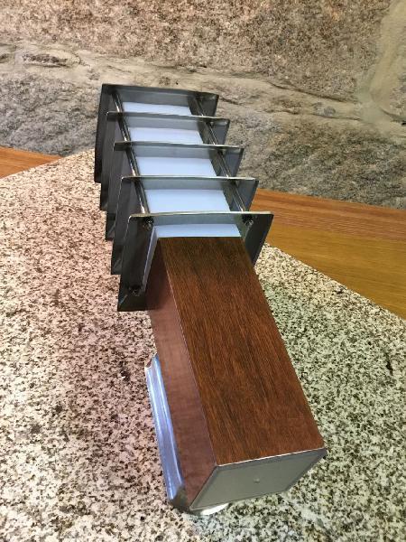 Farol exterior pared aluminio acabado madera