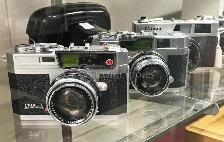 Ocasión para coleccionistas, fotógrafos y tiendas vintage