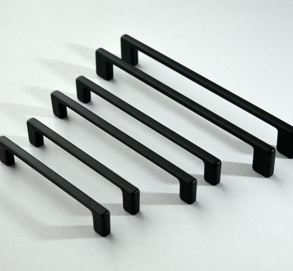 Conjunto de 6 modernas llaves negras pull. hardware de