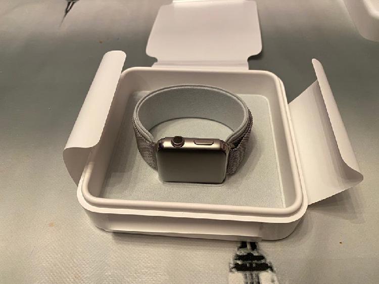 Garantia apple watch acero y zafiro milanesa loop