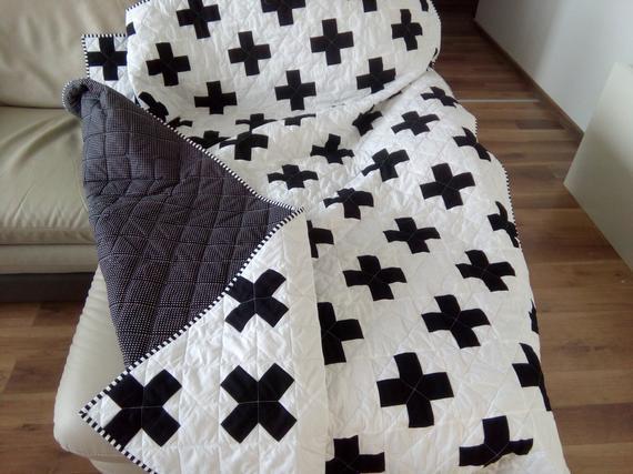 Además de edredón, edredón de cruz suizo, blanco y negro,