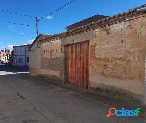 Urbis te ofrece una estupenda casa adosada en venta en Cantalpino, Salamanca. 1