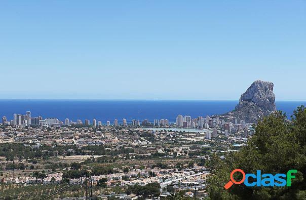 Villa con vistas panoramicas al mar a la venta en calpe
