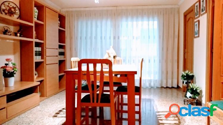 Excelente piso en venta plaza cataluña/ 4 hab/ ascensor/balcón