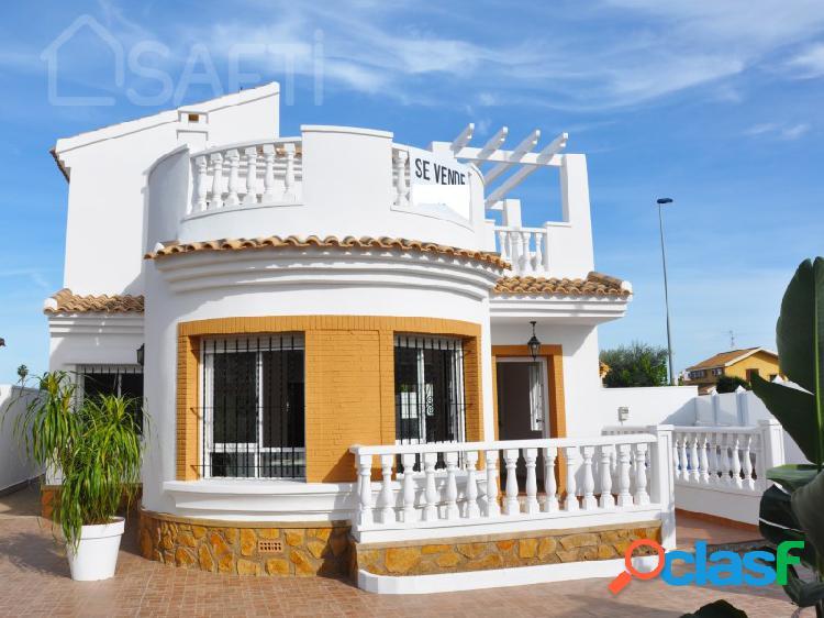 Hermosa casa en Santiago De La Ribera 1