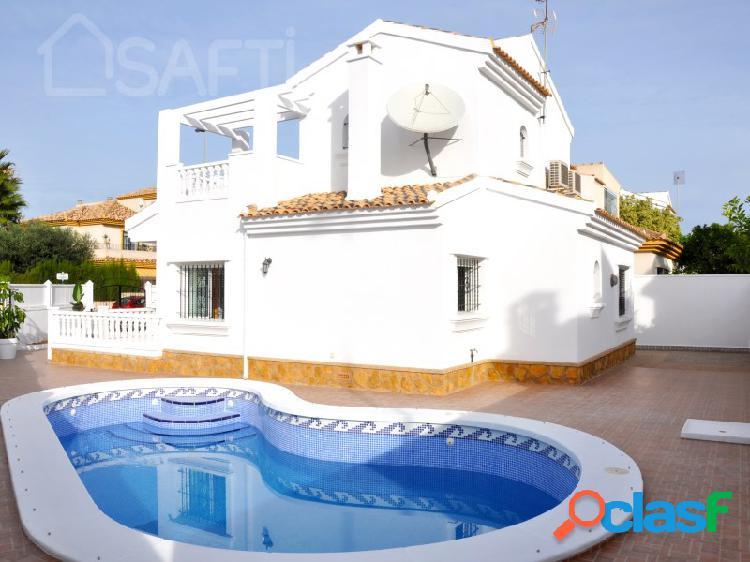Hermosa casa en Santiago De La Ribera 2