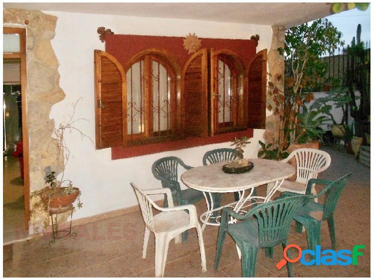 Duplex en esquina bahia 3 habitaciones ref 1061