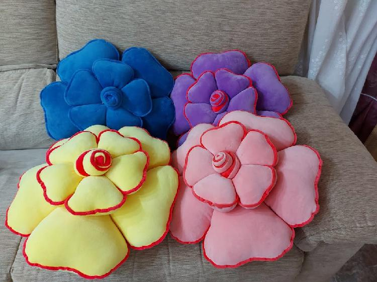 Cojines forma de flor