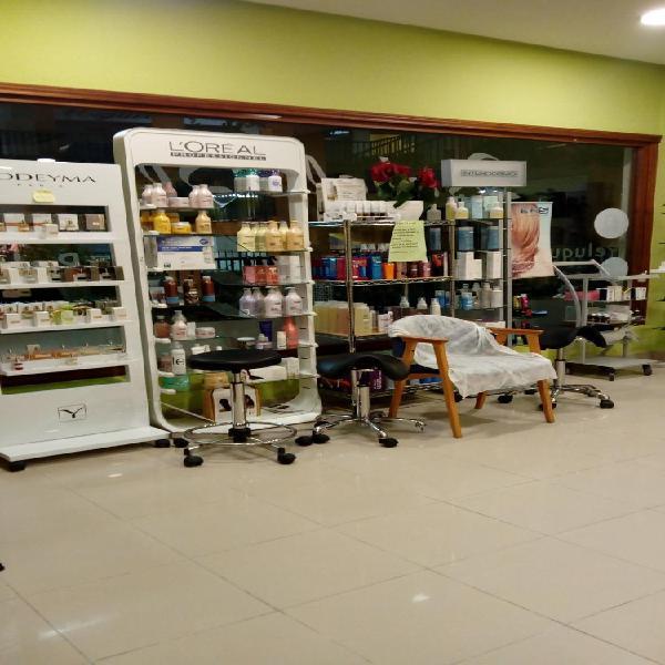 Salón de peluquería c.c. buenavista